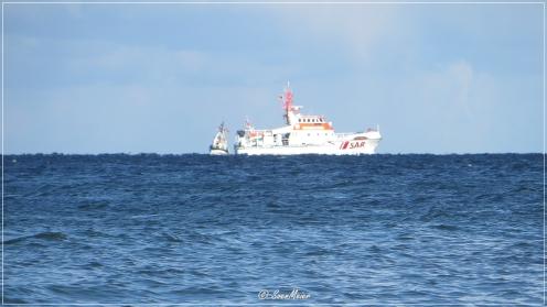 Ostsee vor Scharbeutz. Die Seenotretter üben heute - 24. September - das Retten aus Seenot.